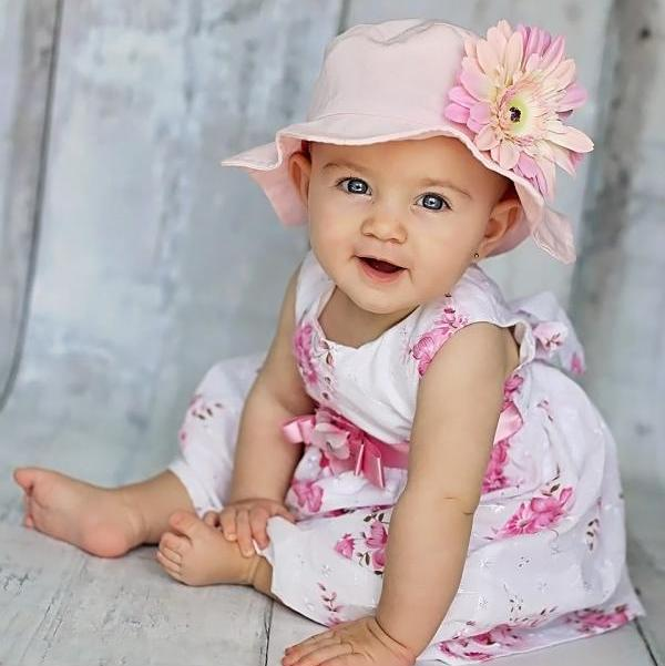 Pale Pink Sun Hat with Pale Pink Daisy