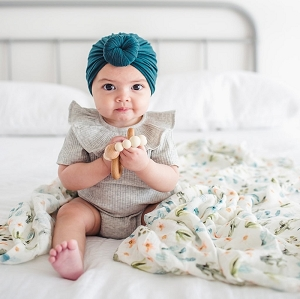 Luxe Bamboo Muslin Swaddle - Cactus Floral
