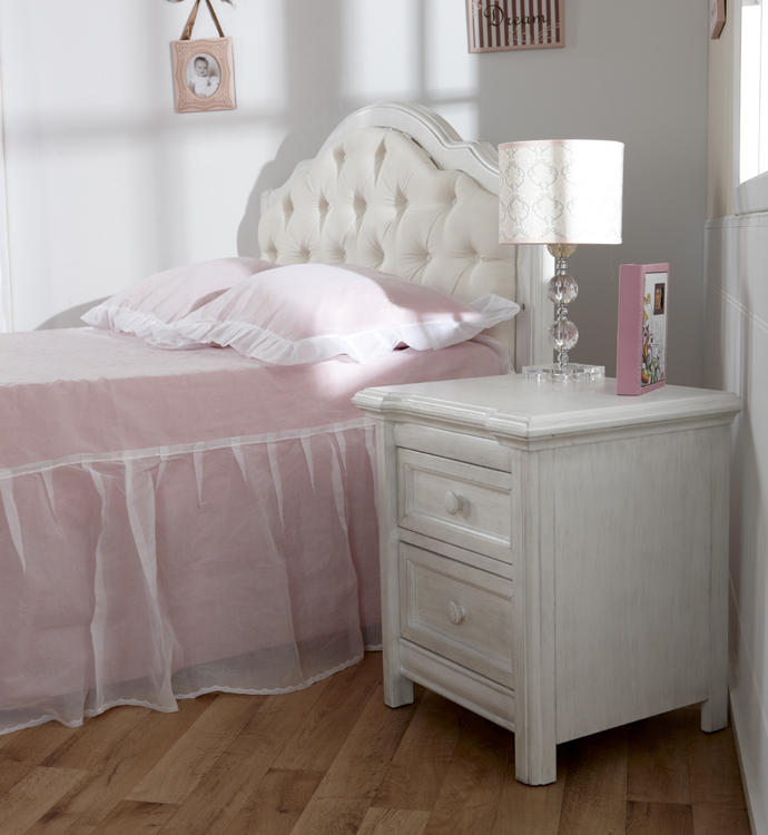 Pali Cristallo Nightstand In Vintage White | Design The Nursery Of Your  Dreams At SugarBabies!