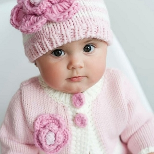 Huggalugs Parfait Pink Hat & Sweater Set