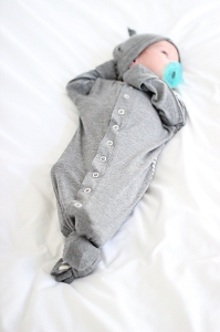 Welcome Baby Gown & Hat Set - Grey