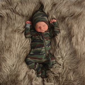 Army Zipper Outfit & Knotted Hat