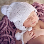 Huggalugs Filigree White Lace Beanie Hat