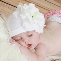 White Cotton Hat with White Peony