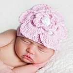 Huggalugs Newborn Flower Hat