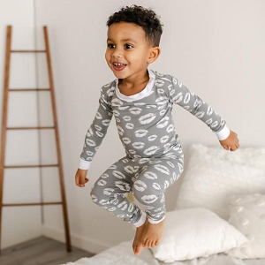 Grey Kisses Two-Piece Bamboo Viscose Pajama Set