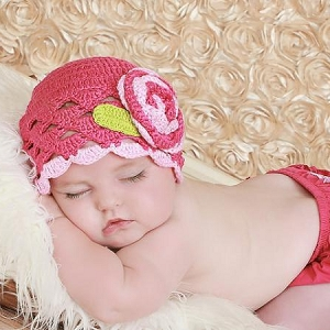 Scalloped Crochet Hat with Pink Raspberry Rose
