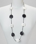 Teethease Livy Necklace - Black & Pearl