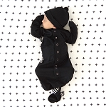 Welcome Baby Gown & Hat Set - Black