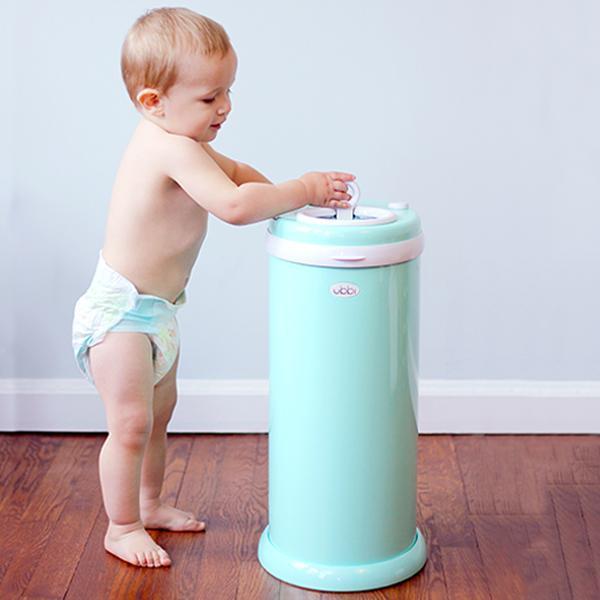 ubbi diaper pail stinks