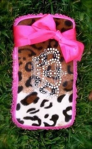 Cheetah Wipe Holder