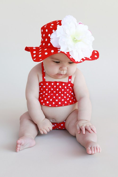Red Dot Sun Hat with White Peony