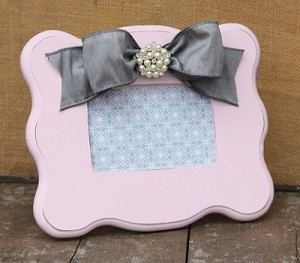 Light Pink Scalloped Frame